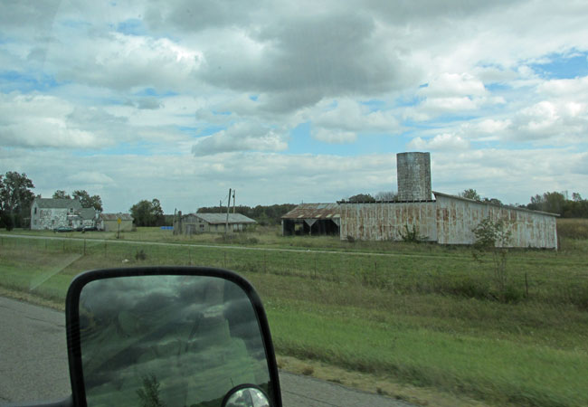 driving through southwest ohio towards columbus on october 4, 2014