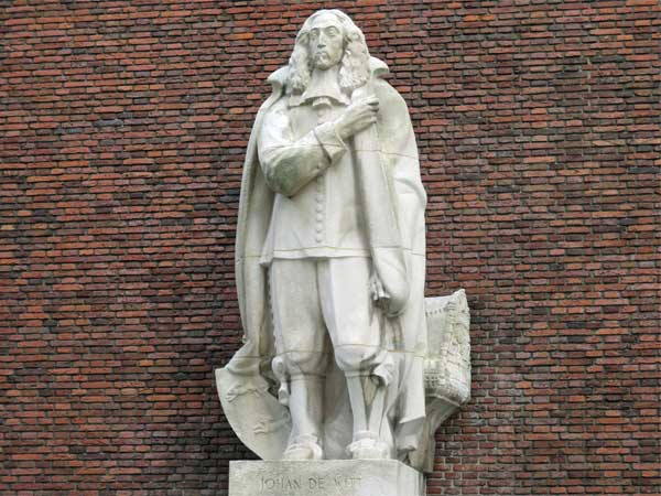 statue of johan de witt in rotterdam, netherlands on october 30, 2016