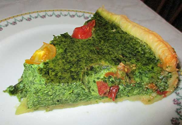 spinach quiche at n9 in eeklo, belgium on october 1, 2016