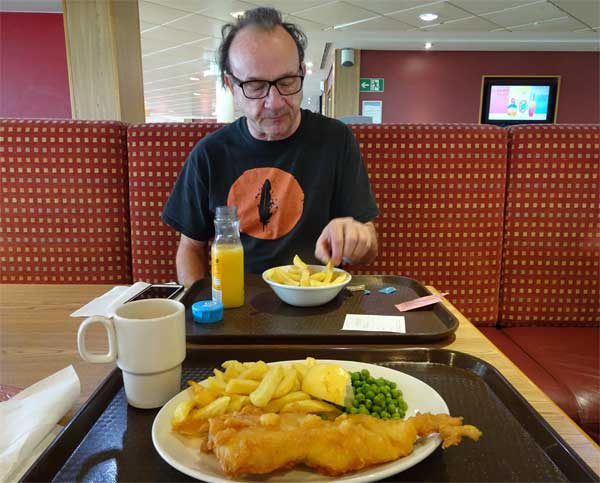 david yow chowing w/watt on the ferry from dover to calais on august 5, 2019