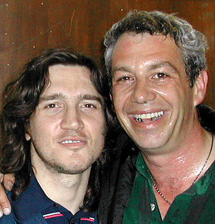 shot of john frusciante + watt in 2002
