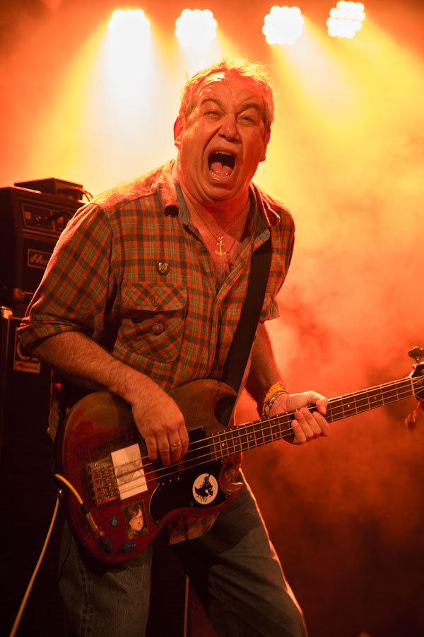 mike watt at klubi in tampere, finland on may 15, 2015 by maikki kantol