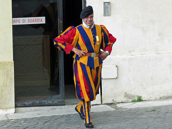 swiss guard, vatican - july 3, 2013