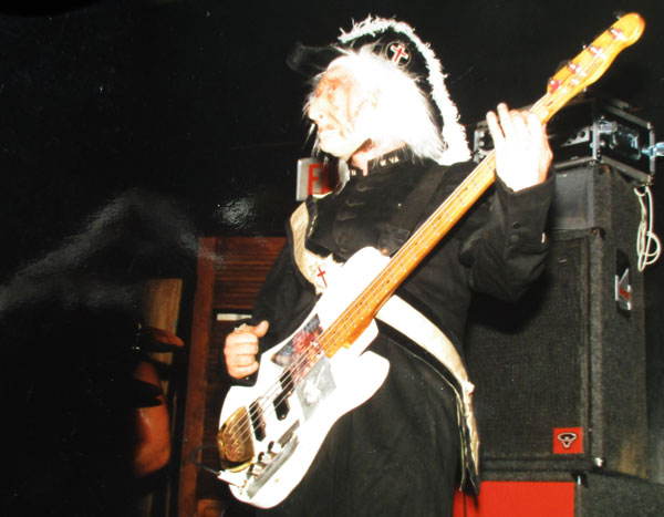 digishot of photo of mike watt in a freemason outfit on halloween 1985 w/the minutemen given to him on october 21, 2015