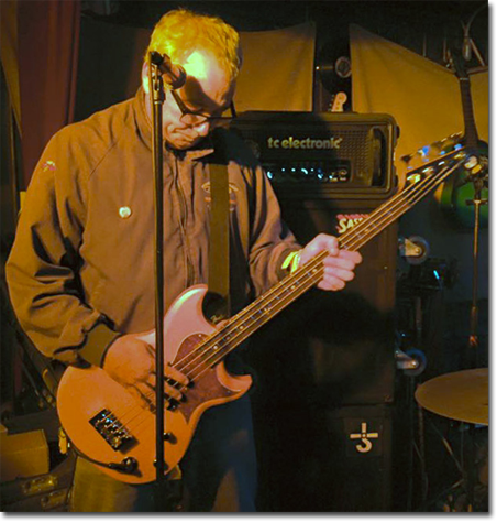 watt w/reverend prototype bass at winter's tavern in pacifica, ca on feb 27, 2016 for 'stevestock'